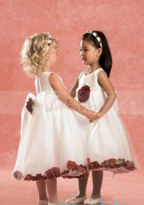 les robes d enfants d honneur et le mariage en fin d ann e. Black Bedroom Furniture Sets. Home Design Ideas